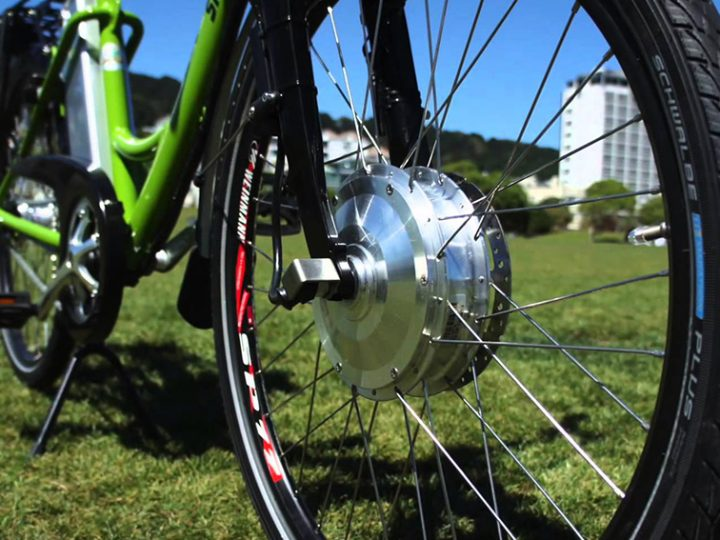 Hub motors and mid-drive motors on electric bicycles – What's that all about?